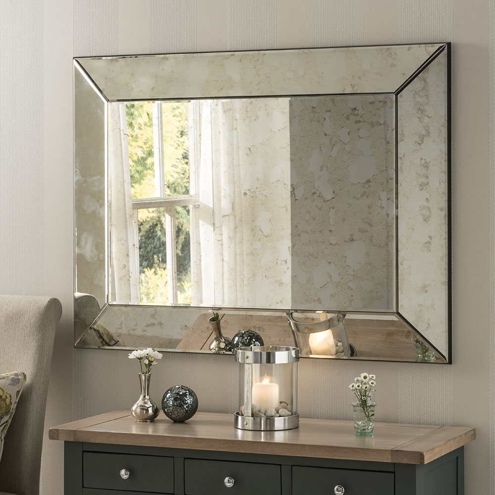 Stunning Antique mirror with concave frame